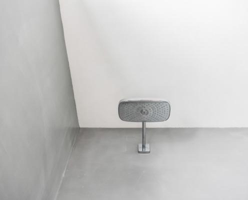 Plafond en wanden stucwerk badkamer