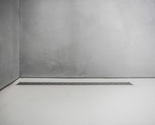 Plafond en wanden betonlook stucwerk badkamer