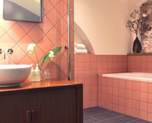 Stucwerk in badkamer luxe suite in Mary K Hotel Utrecht