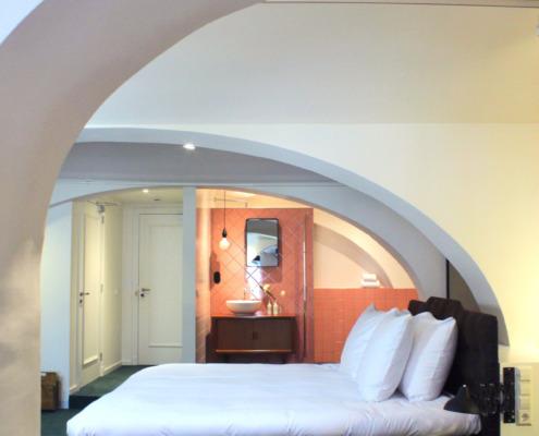Mary K Hotel Utrecht gewelf stucwerk van Guy Munneke
