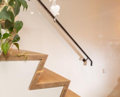 Stucwerk zijkant trap
